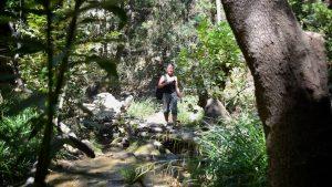 På vej mod vandfaldet ved Potami